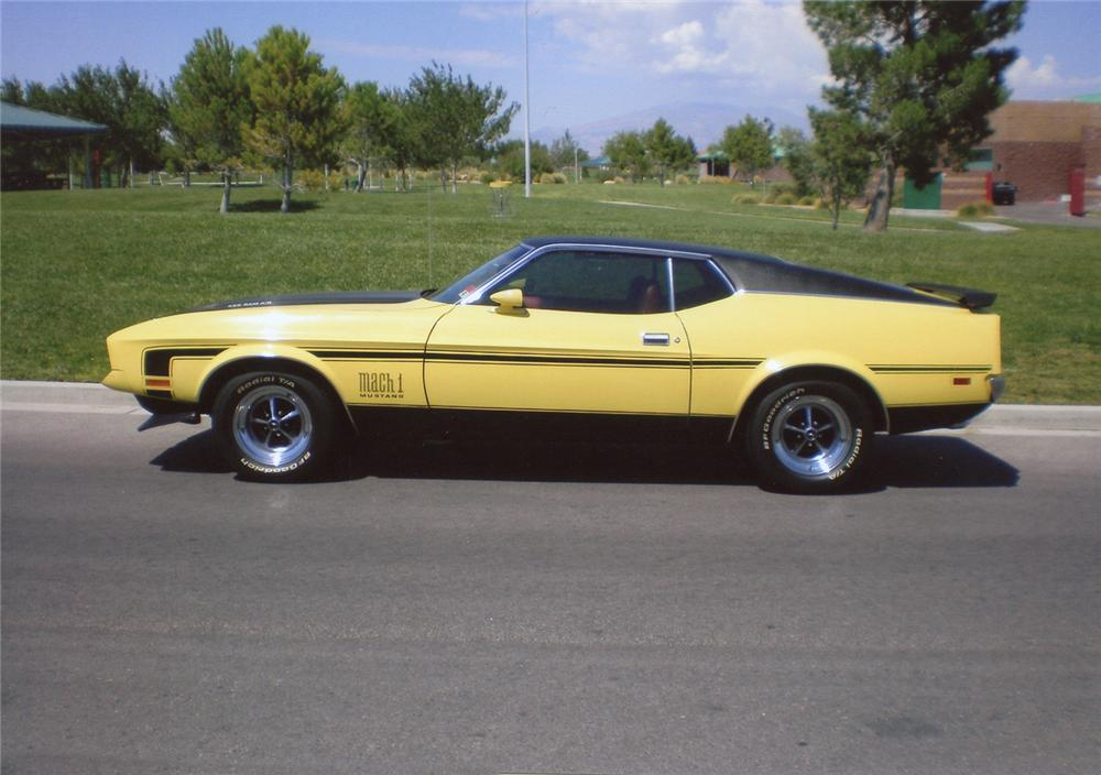1971 FORD MUSTANG MACH 1 FASTBACK - Front 3/4 - 66379