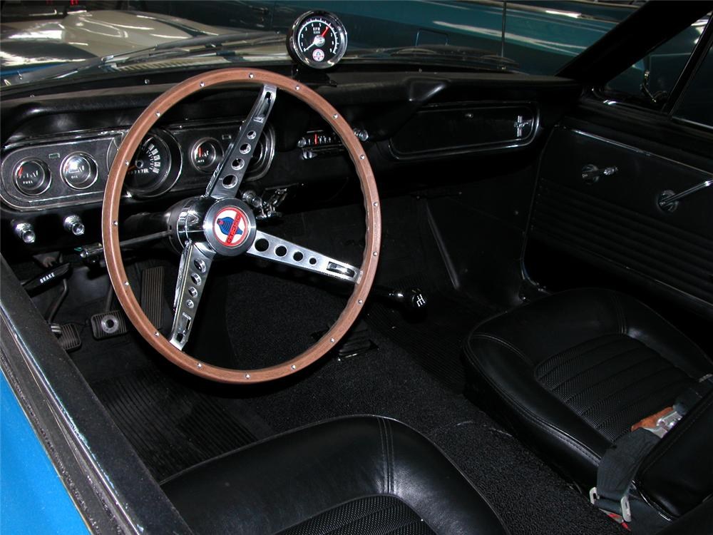 1966 SHELBY GT350 FASTBACK - Interior - 66425