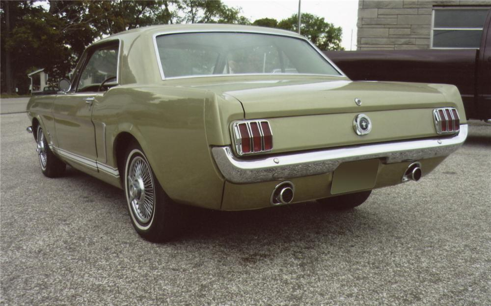 1965 FORD MUSTANG COUPE - Rear 3/4 - 66483