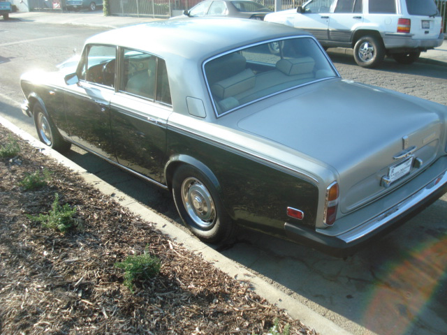 1978 ROLLS-ROYCE SILVER SHADOW II 4 DOOR SEDAN - Rear 3/4 - 66494