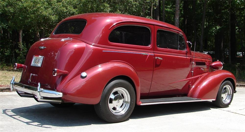 1937 CHEVROLET CUSTOM 2 DOOR SEDAN - Front 3/4 - 66505