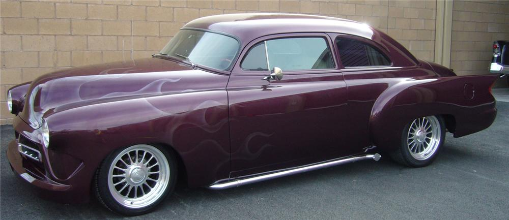 1952 CHEVROLET CUSTOM COUPE - Side Profile - 66510
