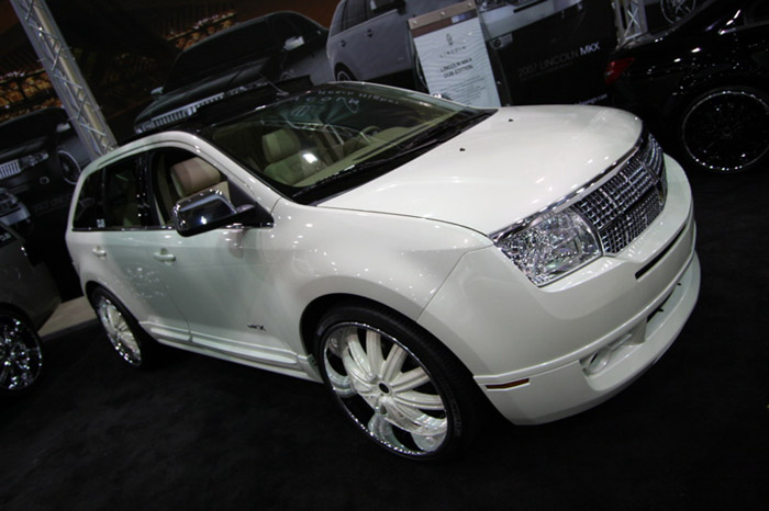 """2007 LINCOLN MKX """"DUB EDITION"""" - Front 3/4 - 66667"""