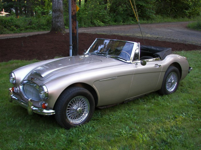 1967 AUSTIN-HEALEY 3000 MARK III BJ8 CONVERTIBLE - Front 3/4 - 70605