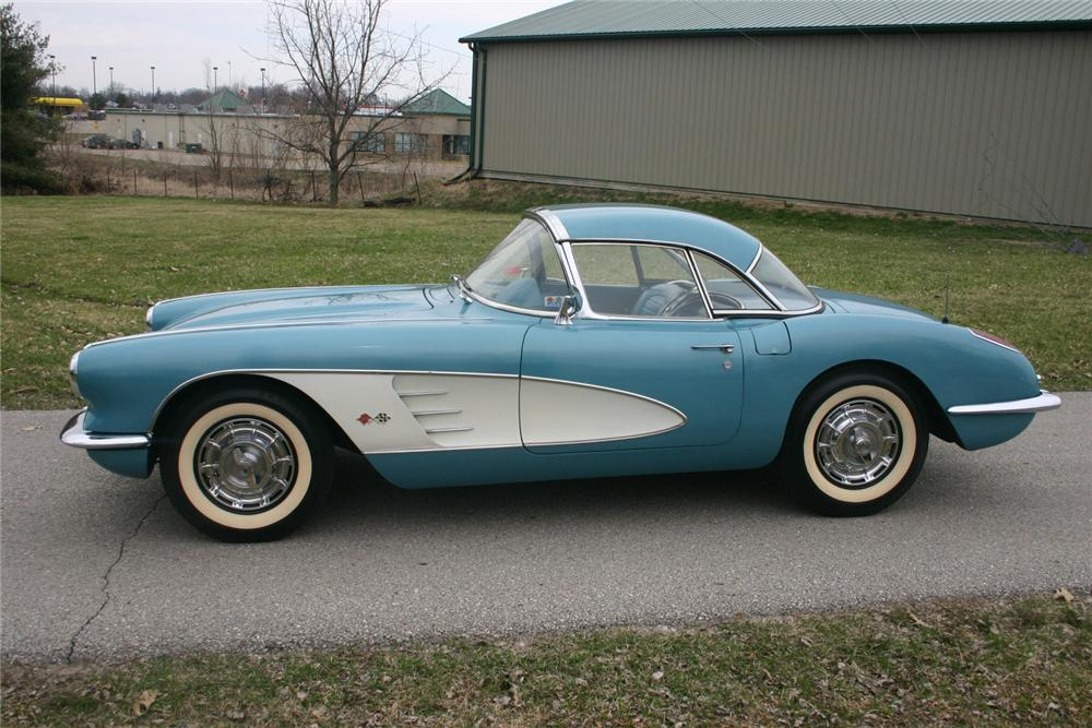 1959 CHEVROLET CORVETTE CONVERTIBLE - Side Profile - 70617