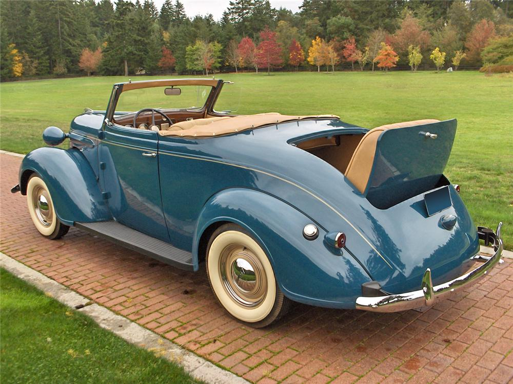 1937 PLYMOUTH ROADSTER DELUXE 2 DOOR CONVERTIBLE - Rear 3/4 - 70635