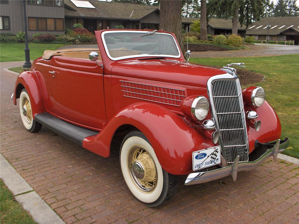 1935 FORD RUMBLE SEAT ROADSTER - Front 3/4 - 70636