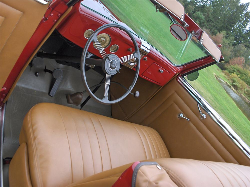 1935 FORD RUMBLE SEAT ROADSTER - Interior - 70636