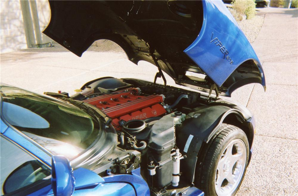 1996 DODGE VIPER GTS COUPE - Engine - 70657