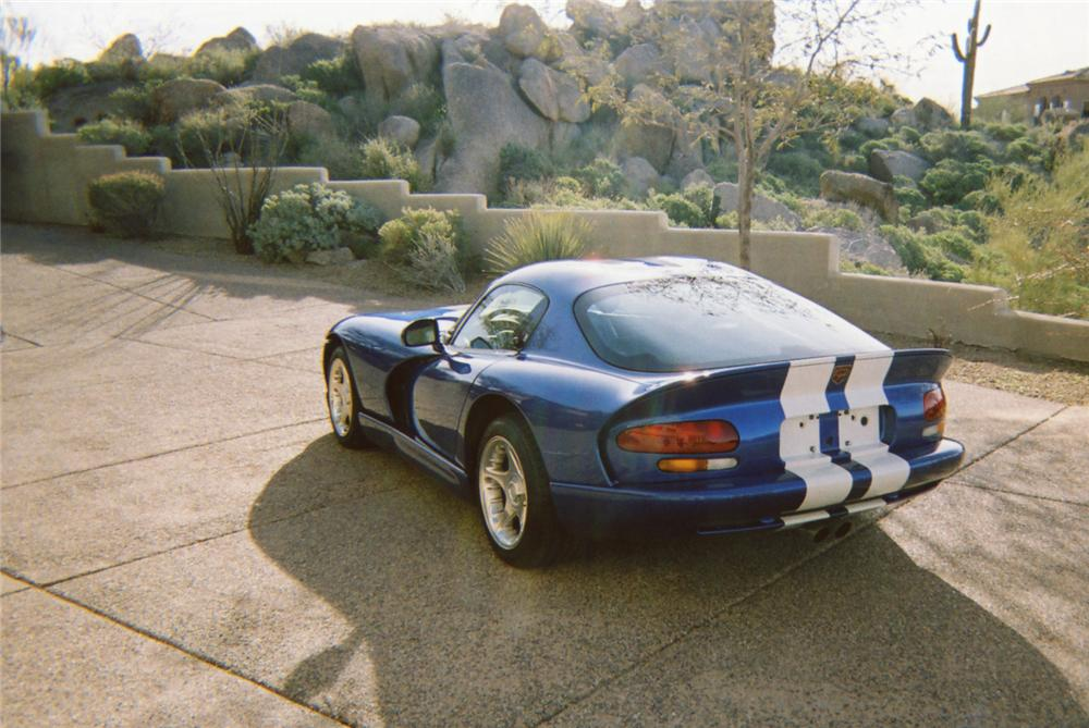 1996 DODGE VIPER GTS COUPE - Rear 3/4 - 70657