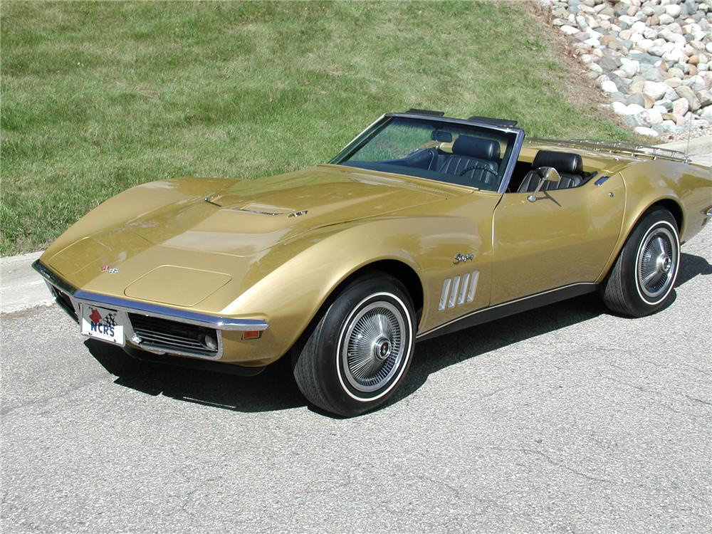 1969 CHEVROLET CORVETTE CONVERTIBLE - Front 3/4 - 70667