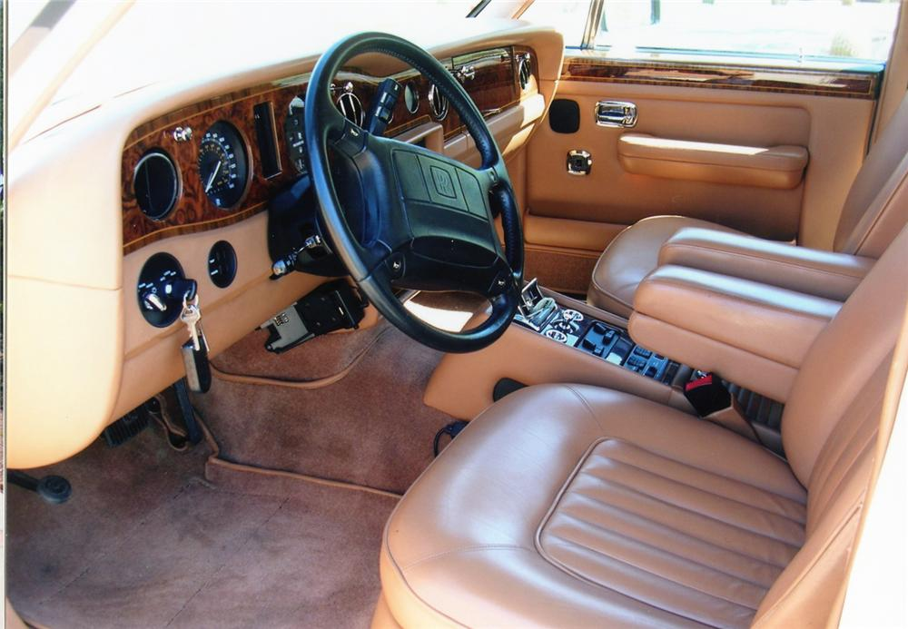 1990 ROLLS-ROYCE SILVER SPUR 4 DOOR SEDAN - Interior - 70676