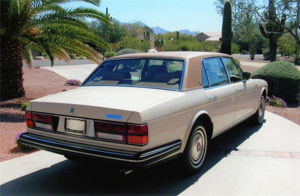 1990 ROLLS-ROYCE SILVER SPUR 4 DOOR SEDAN - Rear 3/4 - 70676