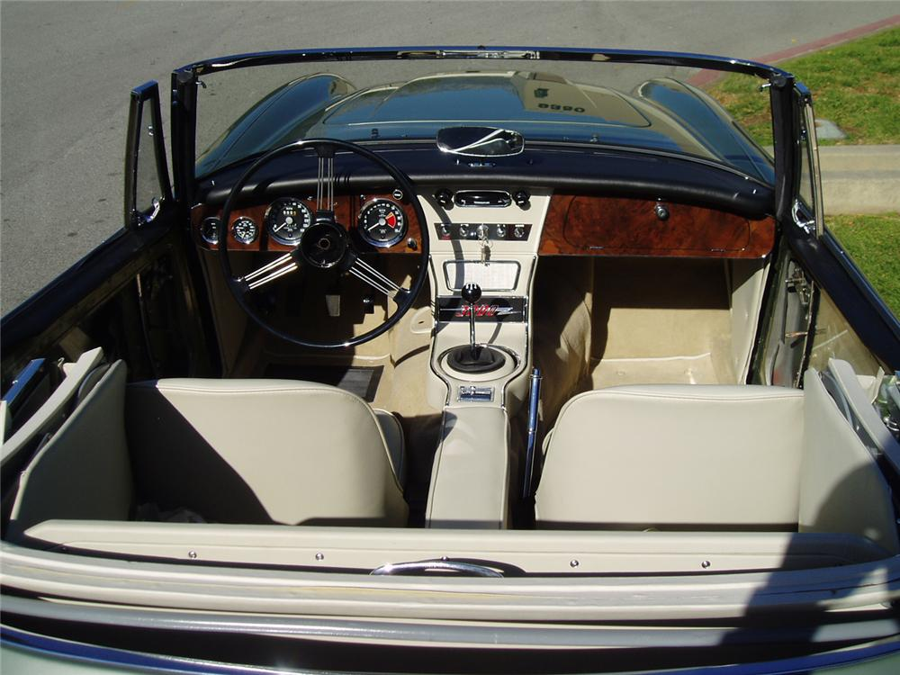 1964 AUSTIN-HEALEY 3000 MARK III BJ8 SPORTS CONVERTIBLE - Interior - 70694