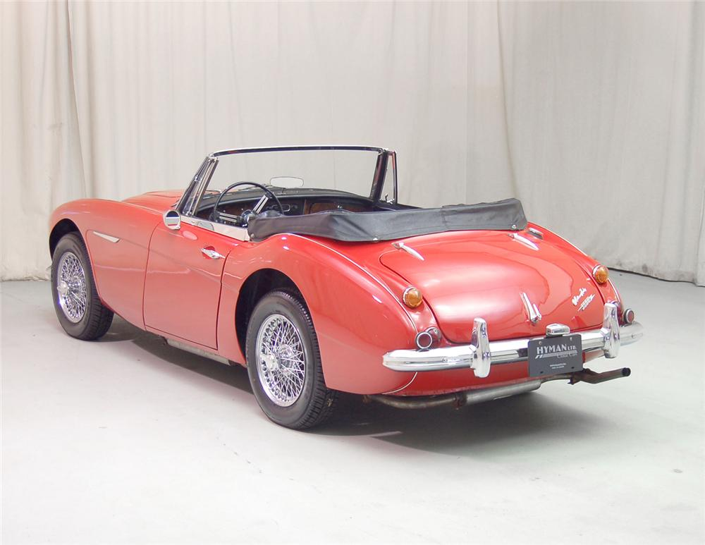 1967 AUSTIN-HEALEY 3000 MARK III BJ8 ROADSTER - Rear 3/4 - 70703
