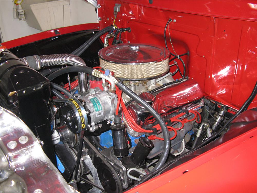 1955 FORD F-100 CUSTOM DELUXE CAB PICKUP - Engine - 70710