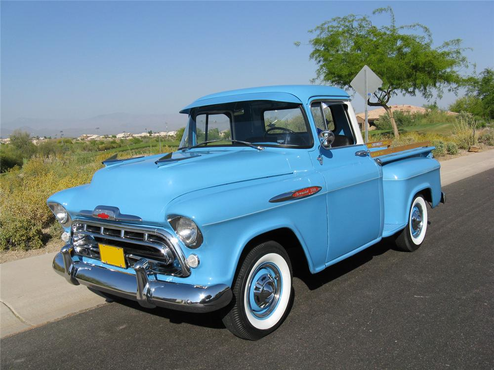 1957 CHEVROLET 3100 STEP-SIDE PICKUP - Front 3/4 - 70712