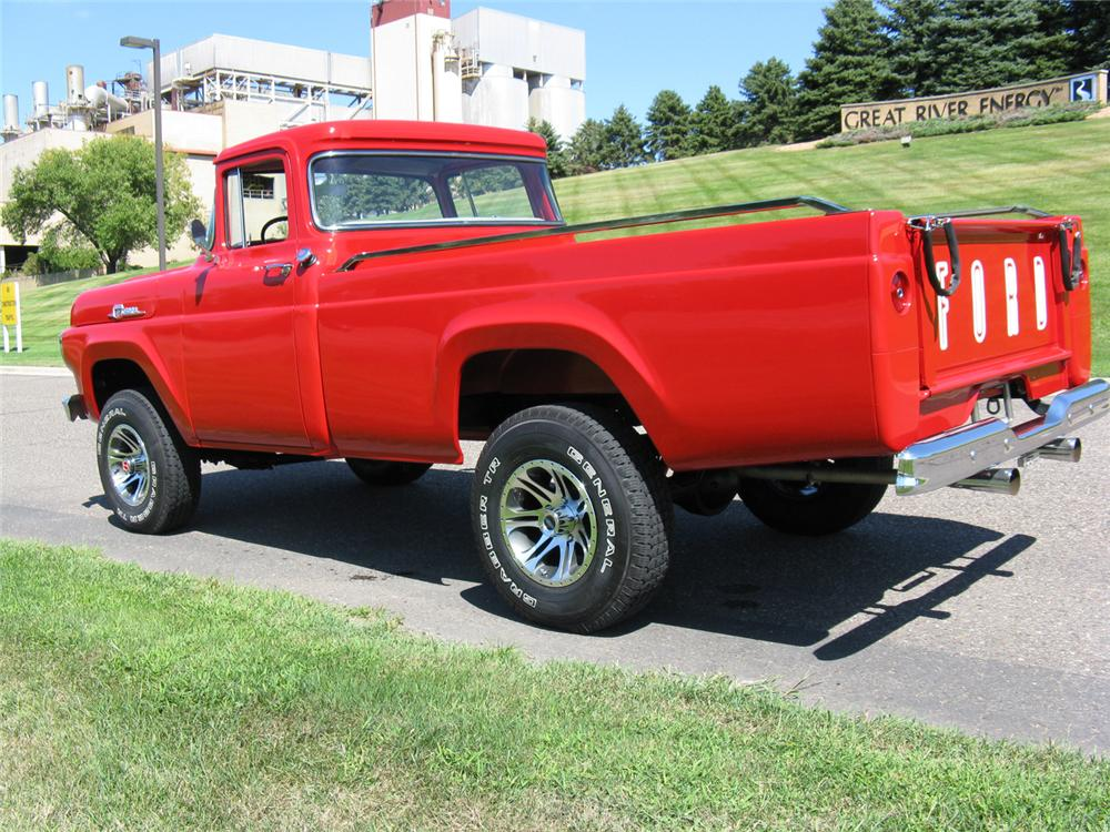 1959 FORD F-100 4X4 PICKUP - Rear 3/4 - 70714