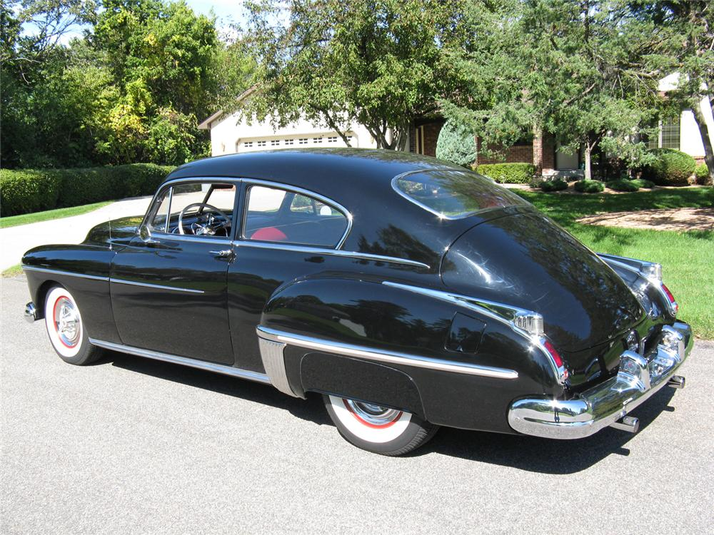 1949 OLDSMOBILE 88 CUSTOM 2 DOOR CLUB SEDAN - Rear 3/4 - 70717