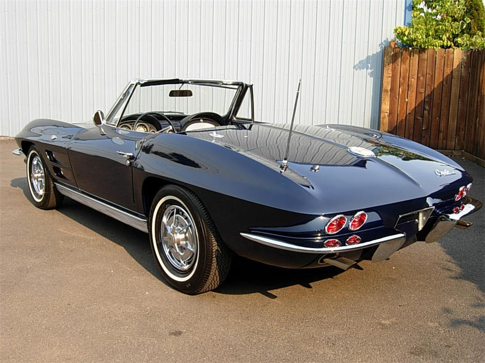 1963 CHEVROLET CORVETTE CONVERTIBLE - Rear 3/4 - 70725