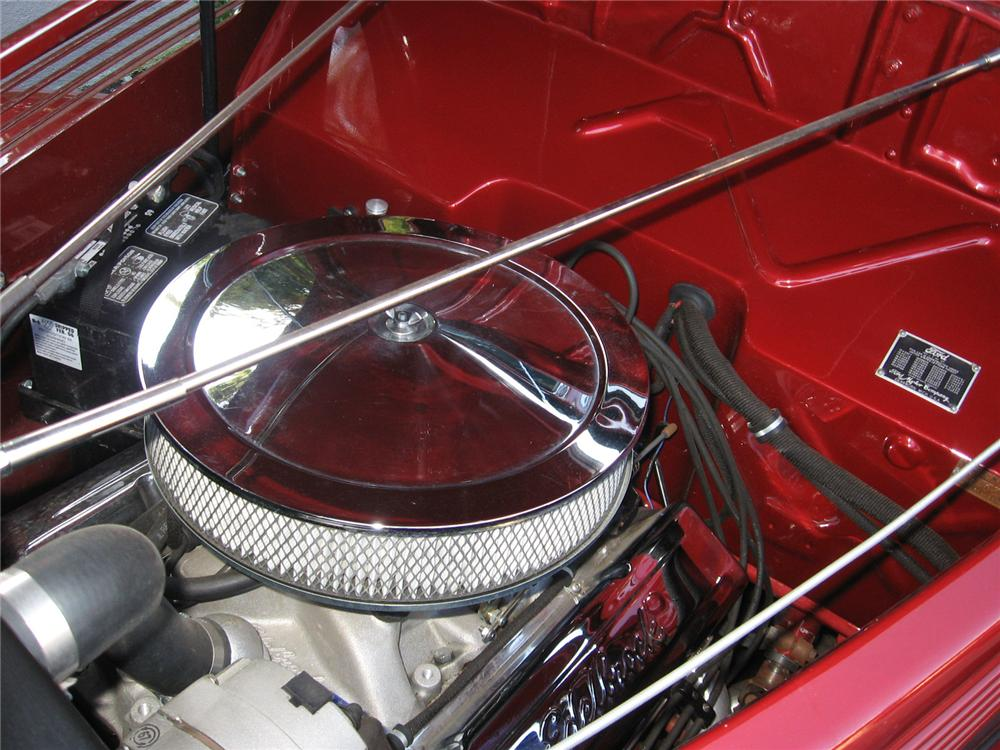 1938 FORD CUSTOM 4 DOOR CONVERTIBLE - Engine - 70736