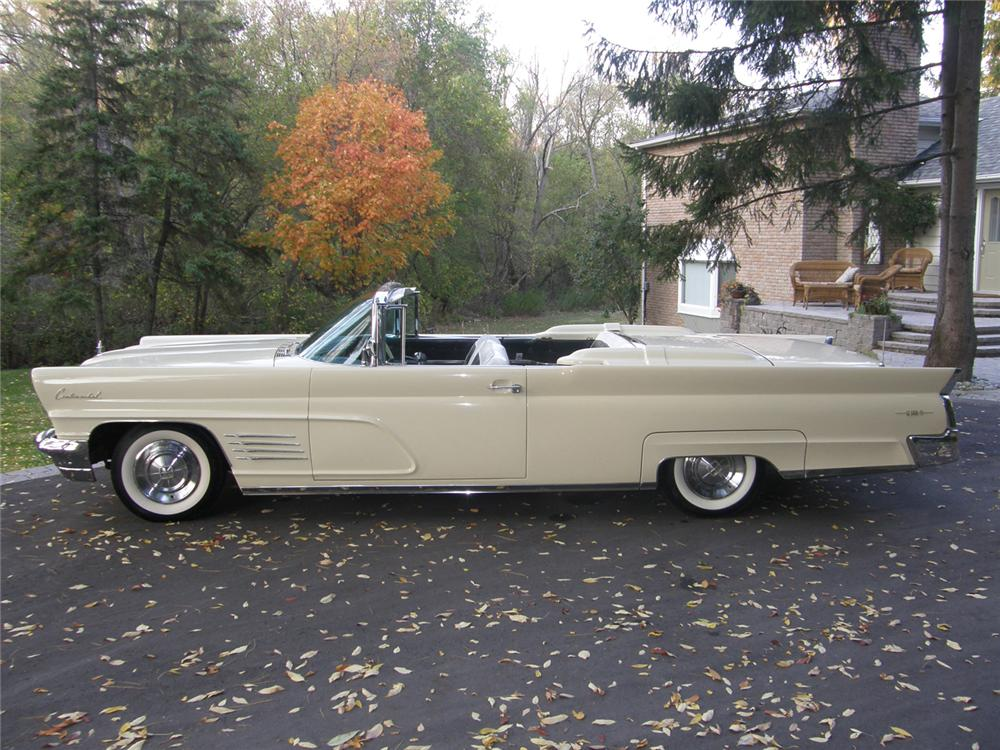 1960 LINCOLN CONTINENTAL MARK V CONVERTIBLE - Side Profile - 70769