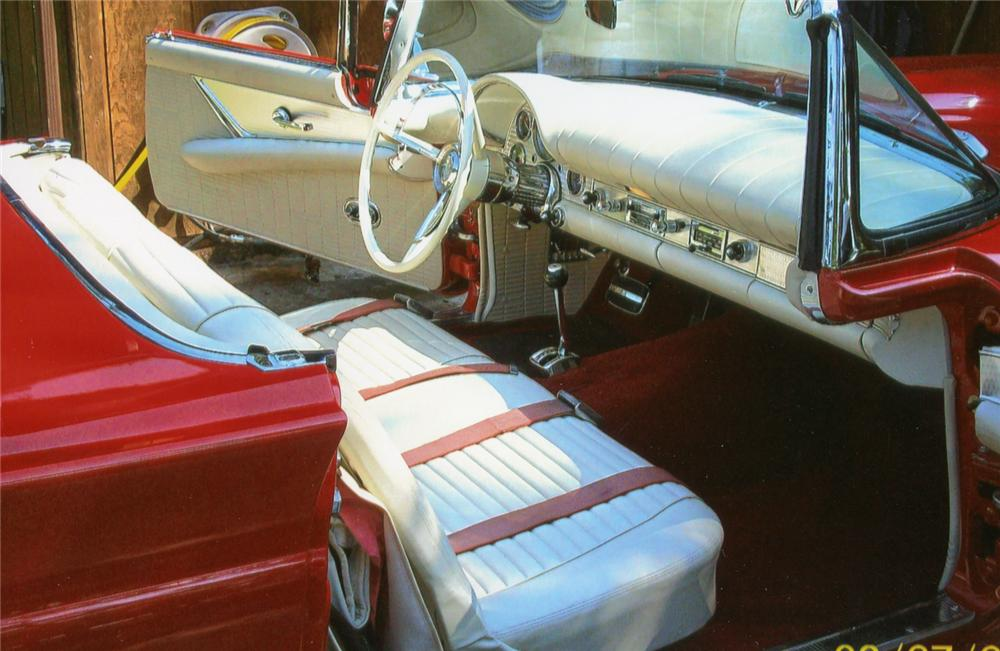 1957 FORD THUNDERBIRD CONVERTIBLE - Interior - 70781