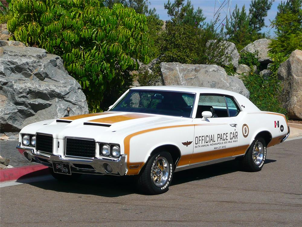 1972 OLDSMOBILE HURST PACE CAR EDITION COUPE - Front 3/4 - 70811