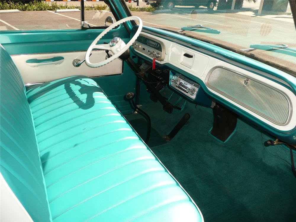 1962 CHEVROLET CORVAIR GREENBRIAR VAN - Interior - 70818