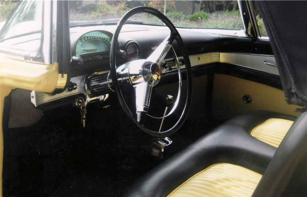 1955 FORD THUNDERBIRD CONVERTIBLE - Interior - 70828