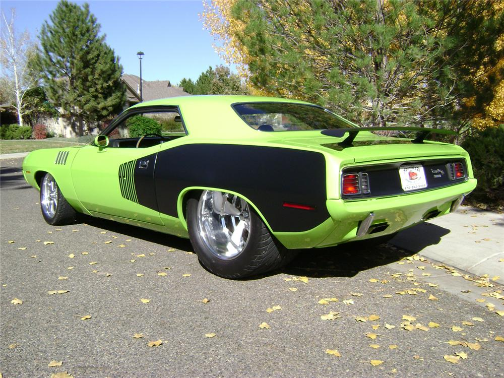 1971 PLYMOUTH CUDA CUSTOM 2 DOOR HARDTOP - Rear 3/4 - 70830