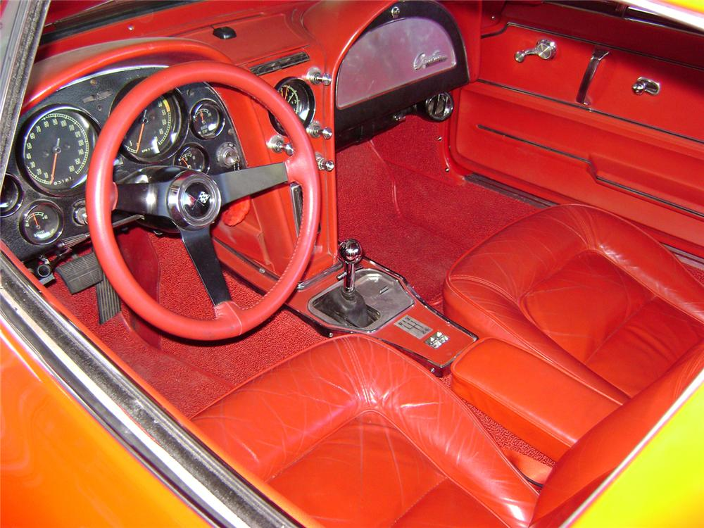 1965 CHEVROLET CORVETTE COUPE RESTO-MOD - Interior - 70834