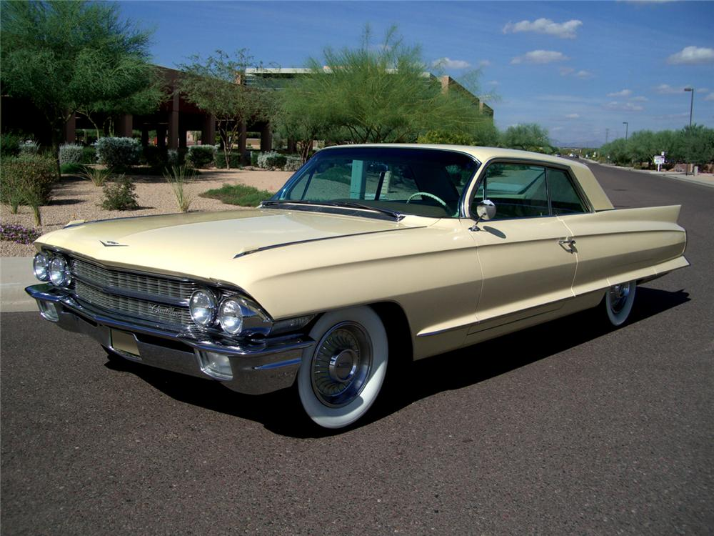 1962 CADILLAC SERIES 62 2 DOOR COUPE - Front 3/4 - 70836