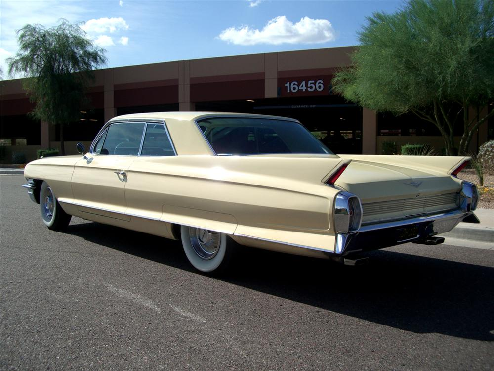 1962 CADILLAC SERIES 62 2 DOOR COUPE - Rear 3/4 - 70836