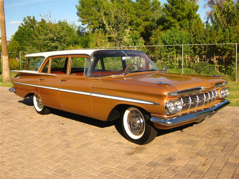 1959 CHEVROLET PARKWOOD STATION WAGON - Front 3/4 - 70839