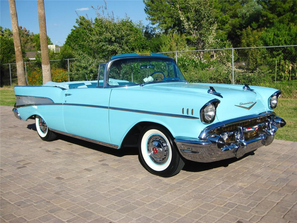 1957 CHEVROLET BEL AIR CONVERTIBLE - Front 3/4 - 70843