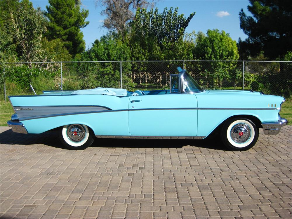 1957 CHEVROLET BEL AIR CONVERTIBLE - Side Profile - 70843