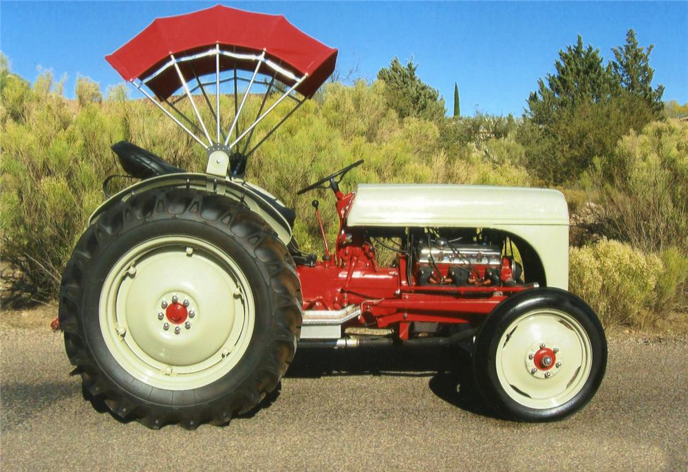 1951 FORD 8N CUSTOM TRACTOR - Side Profile - 70864