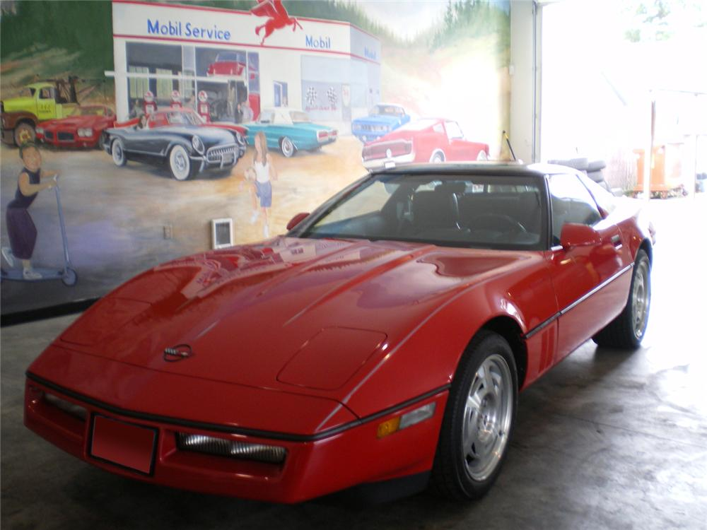 1990 CHEVROLET CORVETTE COUPE - Front 3/4 - 70873