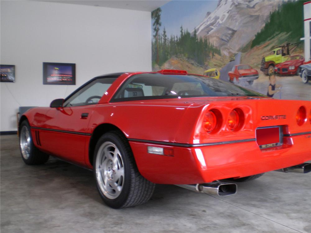 1990 CHEVROLET CORVETTE COUPE - Rear 3/4 - 70873