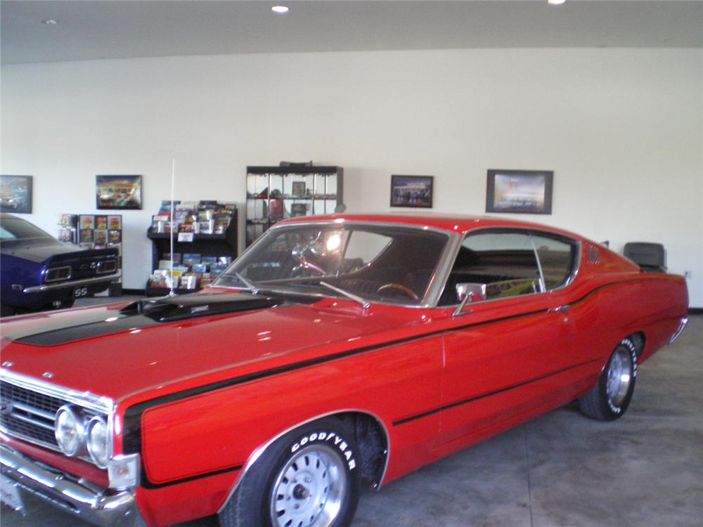 1968 FORD TORINO GT FASTBACK - Front 3/4 - 70874