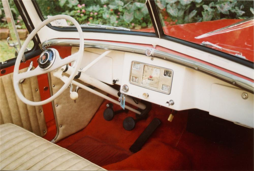 1949 WILLYS JEEPSTER CONVERTIBLE - Interior - 70878