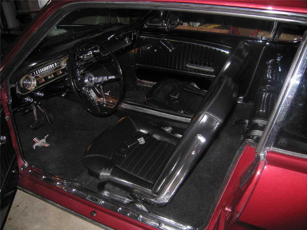 1965 FORD MUSTANG 2 DOOR COUPE - Interior - 70880