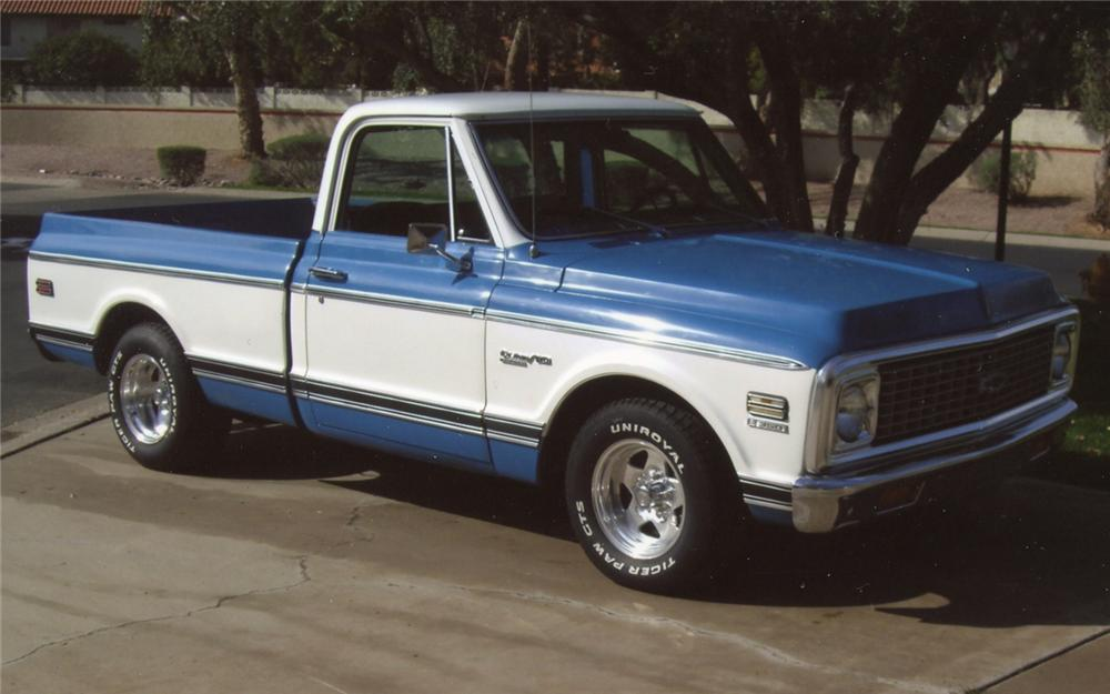 1972 CHEVROLET C-10 CUSTOM PICKUP - Front 3/4 - 70884