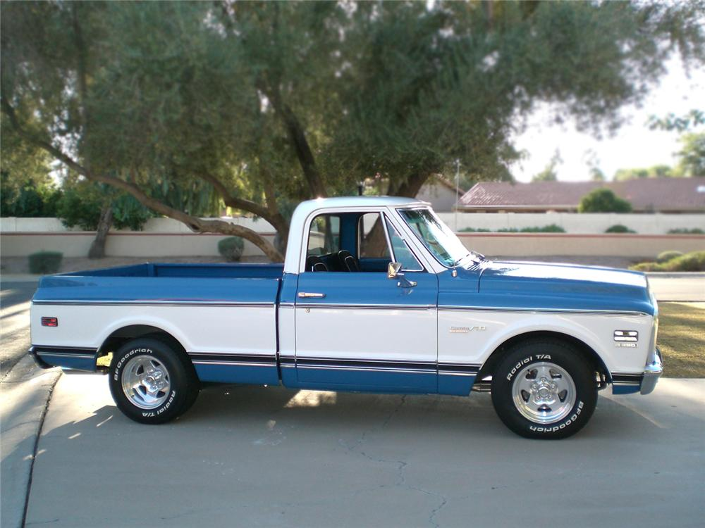 1972 CHEVROLET C-10 CUSTOM PICKUP - Side Profile - 70884