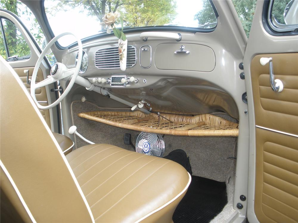 1956 VOLKSWAGEN BEETLE COUPE - Interior - 70907