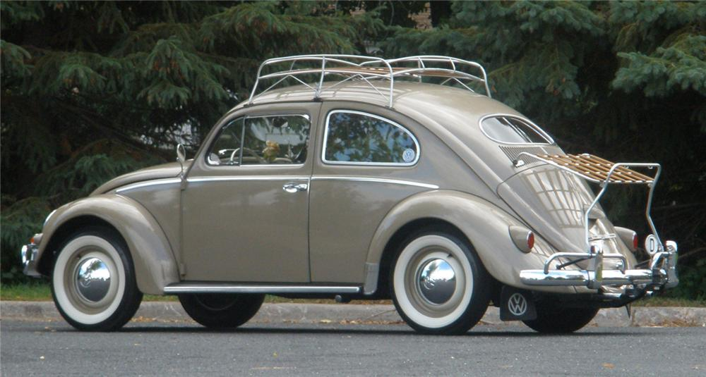 1956 VOLKSWAGEN BEETLE COUPE - Rear 3/4 - 70907