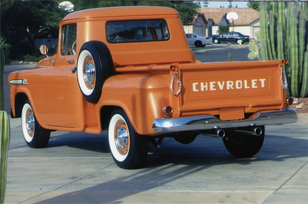 1959 CHEVROLET STEP-SIDE CUSTOM PICKUP - Rear 3/4 - 70910