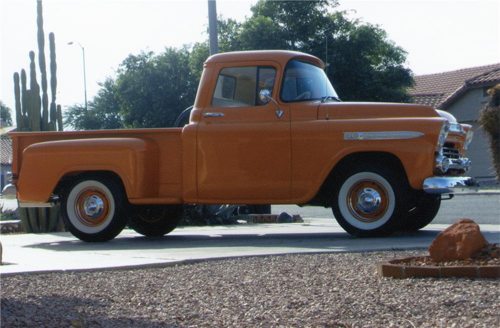 1959 CHEVROLET STEP-SIDE CUSTOM PICKUP - Side Profile - 70910