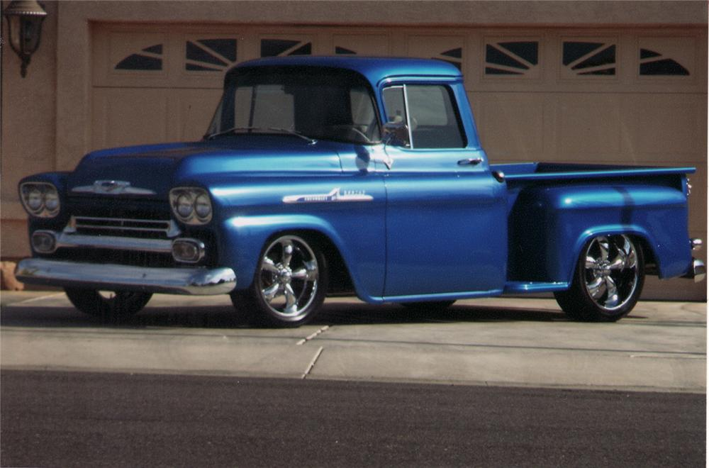 1958 CHEVROLET APACHE STEP-SIDE CUSTOM PICKUP - Front 3/4 - 70914